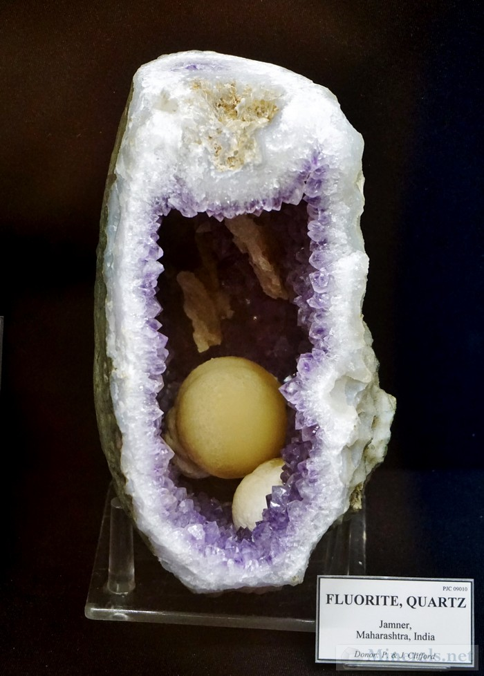 Fluorite Ball in Amethyst Vug from Jamner, Maharashtra, India A.E. Seaman Mineral Museum