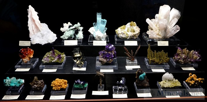 And Yet Another Showcase of Fine Minerals Tucson Show 2016