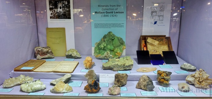 NY/NJ Edison Mineral Show MClassic New Jersey Mineral from the Wallace Goold Levinson Collection Bradley Plotkin