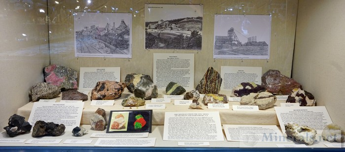 NY/NJ Edison Mineral Show Ore Minerals from the Zinc Mines of Franklin & Ogdensburg, NJ