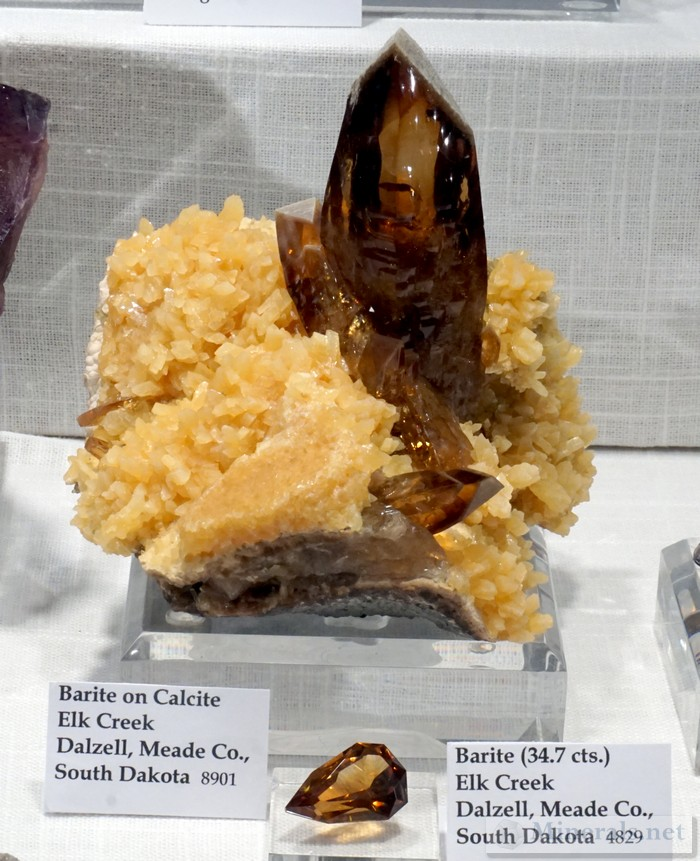 Barite on Calcite from Elk Creek, Dalzell, SD