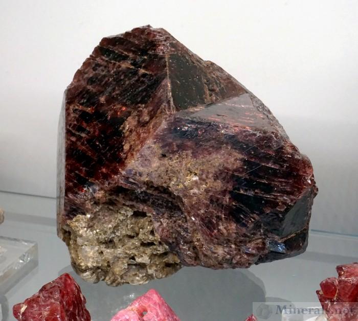 Giant Spinel-Law Twinned Spinel Crystals from the Red River, Yen Bai Provence, Vietnam, John E. Garsow, Minerals