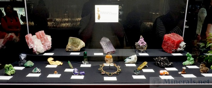 Beautiful Mineral Examples from the Harvard Collection - Harvard Mineralogical Museum
