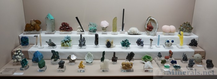 Exceptional Mineral Display - Bruce Carter: Board Member of Rice NW Museum of Rocks and Minerals