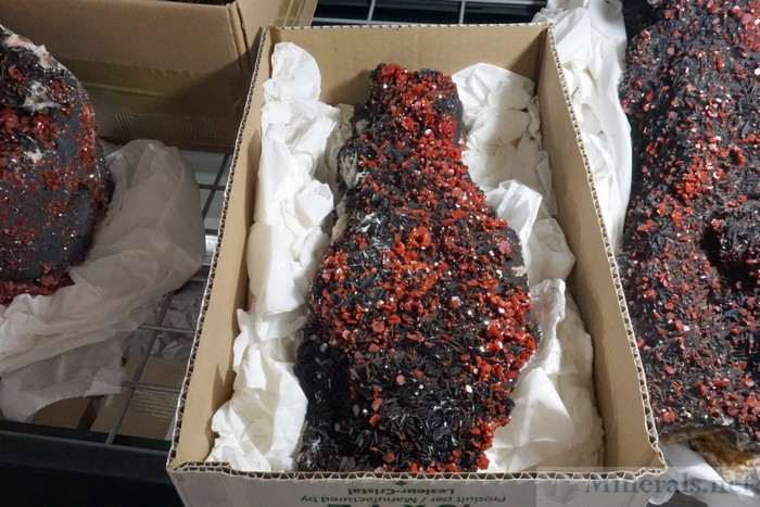 Very Large Vanadinite Matrix Specimens from Mibladen, Morocco - Mibladen Minerux